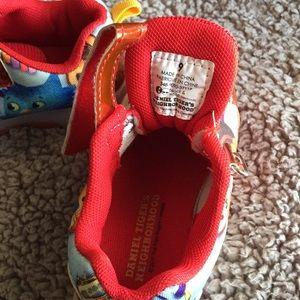 daniel tiger light up shoes